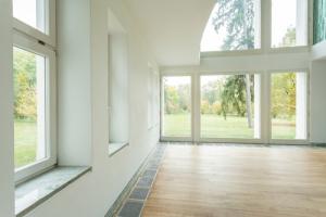 ako vyleštiť okná bez šmúh